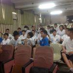 El segundo grupo de alumnos durante la conferencia