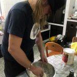 Preparando la masa de la pizza